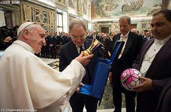 教皇、ミランとユヴェントス