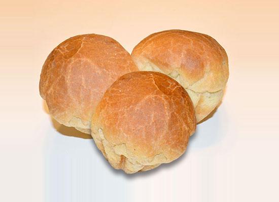 友よ、パンを三つ貸してください。