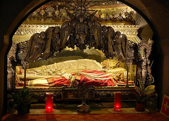 ミラノのサンタンブロージョ教会バジリカ
