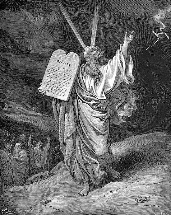 シナイ山から降りてきたモーセ