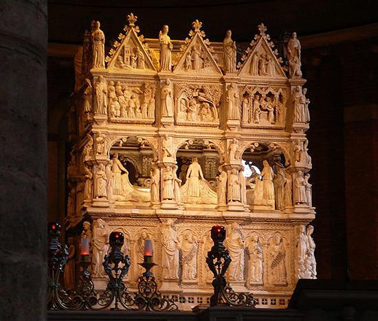 聖アウグスティヌスの墓